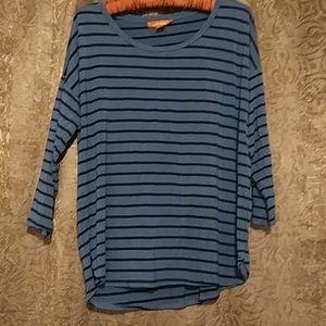 Tops - Comfy over size shirt